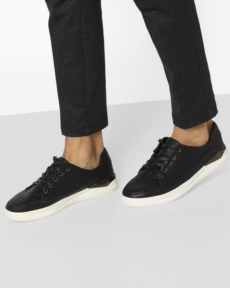 Low-Top Lace-Up Sneakers By AERO BLUEZ ( Black )