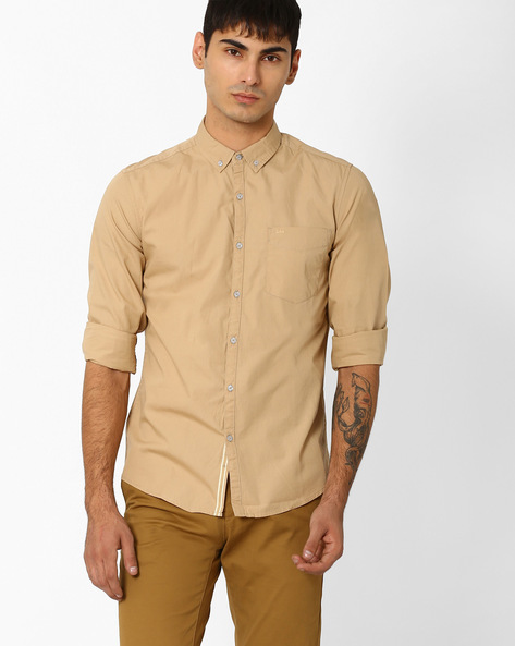 Slim Fit Shirt With Button-Down Collar By Lee ( Beige )