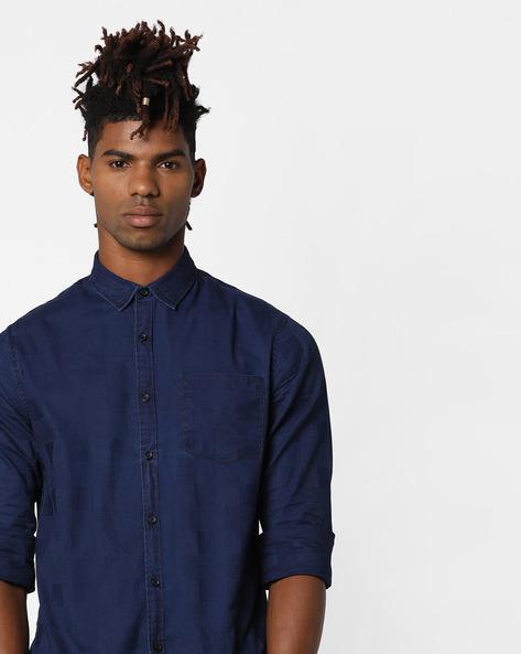 Slim Fit Shirt With Curved Hemline By AJIO ( Navy )