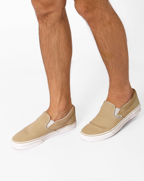 Classic Canvas Casual Shoes By Vans ( Khaki )