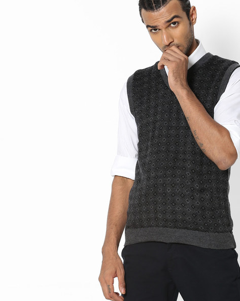 Sleeveless Pullover With Geometric Pattern By DUKE ( Medgrey )