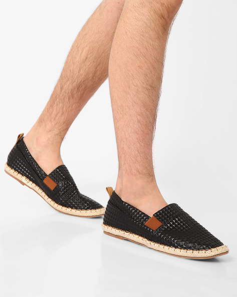 Textured Casual Slip-Ons By AJIO ( Black )