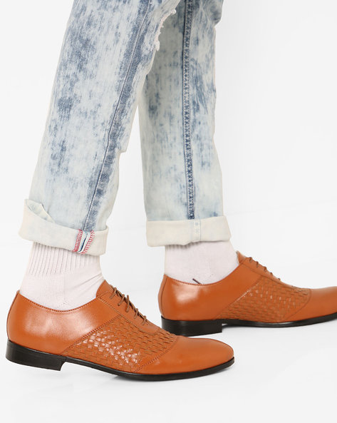 N9-Treated Lace-Up Formal Shoes By AJIO ( Brown )