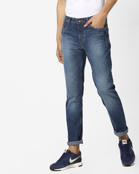 Lightly Washed Slim Fit Jeans By AJIO ( Blue )
