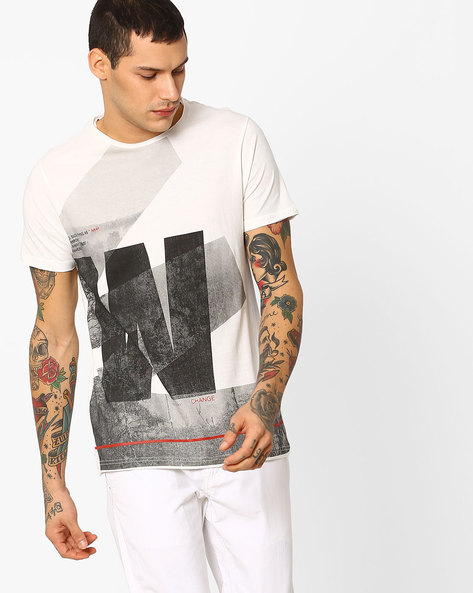 Graphic Print Slim Fit T-shirt By AJIO ( White )