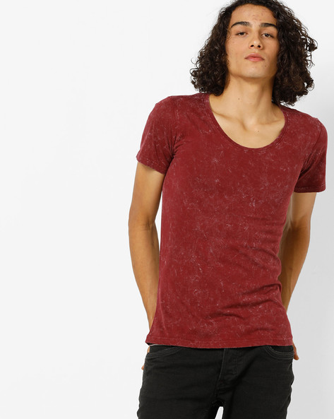Crew-Neck T-shirt With Wash Effect By Blue Saint ( Burgundy )