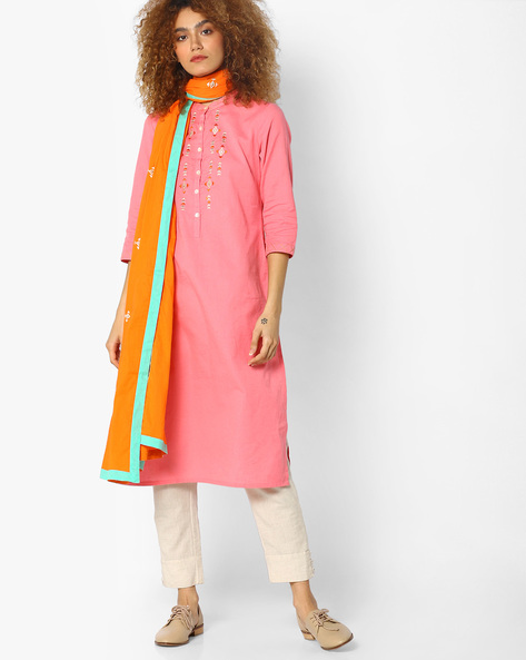 Embroidered Kurta & Dupatta Set By AJIO ( Pink )