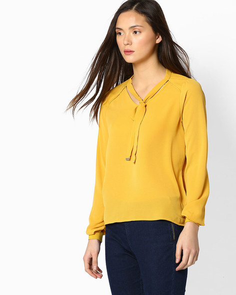 Tie-Collar Top With Raglan Sleeves By FIG ( Mustard )