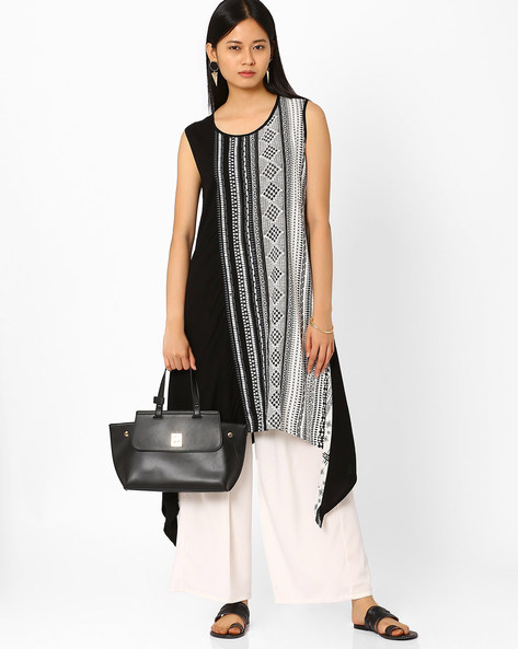 Printed Tunic With Dipped Hem By Global Desi ( Black )