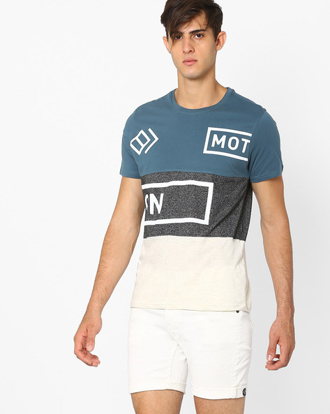 Slim Fit Colourblock Crew-Neck T-shirt By AJIO ( Teal )