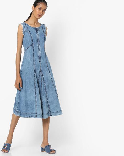 Sleeveless Denim Dress With Frayed Sleeve Hems By AJIO ( Lightblue )