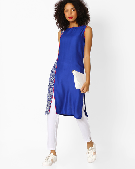 Sleeveless Straight Kurta With Contrast Panel By Aaboli ( Blue )