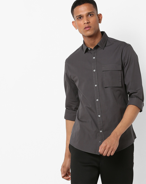 Slim Fit Shirt With Flap Pocket By AJIO ( Charcoal )