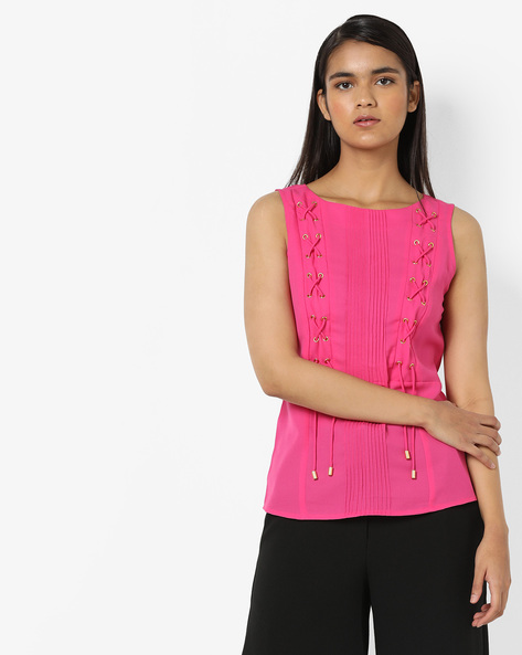 Pleated Top With Criss-Cross Tie-Ups By AJIO ( Fuschia )