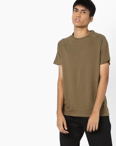 Slim Fit T-shirt With Raglan Sleeves By AJIO ( Olive )