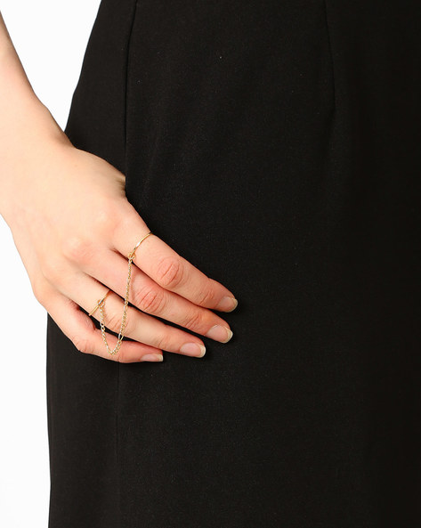 Double Finger Ring By Joker & Witch ( Gold )