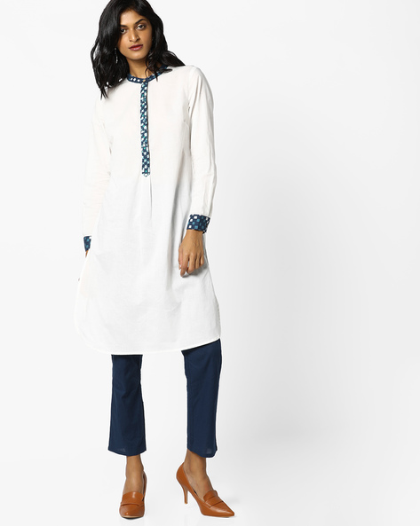 Tunic With Printed Button Closure By AJIO ( White )