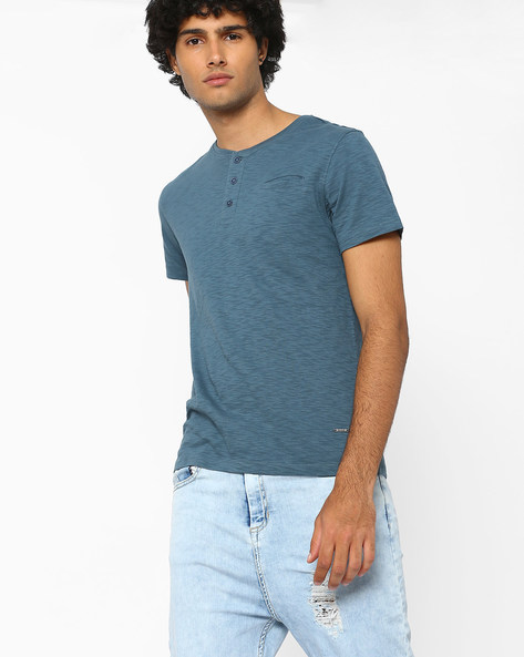 Slim Henley T-shirt With Welt Pocket By AJIO ( Teal )