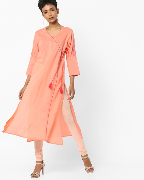 V-neck Straight Kurta With Tie-Up By AJIO ( Peach )
