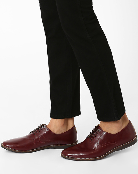 Faux Leather Derby Shoes By Knotty Derby ( Red )