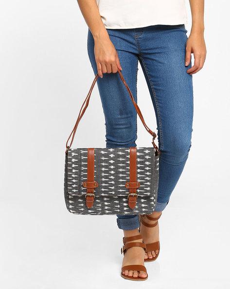 Ikat Print Messenger Bag By AJIO ( Grey )