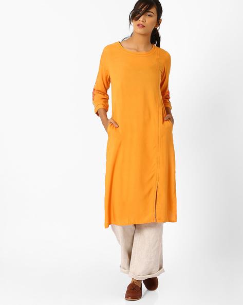 Straight Kurta With Embroidered Sleeves By AJIO ( Orange )