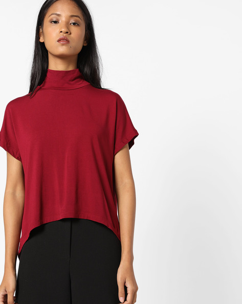 High-Low T-shirt With High Neck By AJIO ( Maroon )