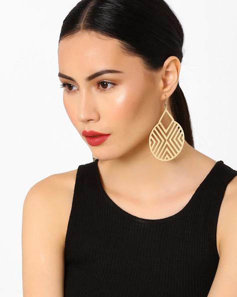Cut-Out Patterned Hoop Earrings By Pipa Bella ( Gold )