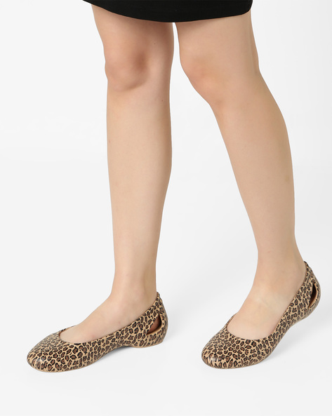 Laura W Animal Print Ballerinas By CROCS ( Multi )