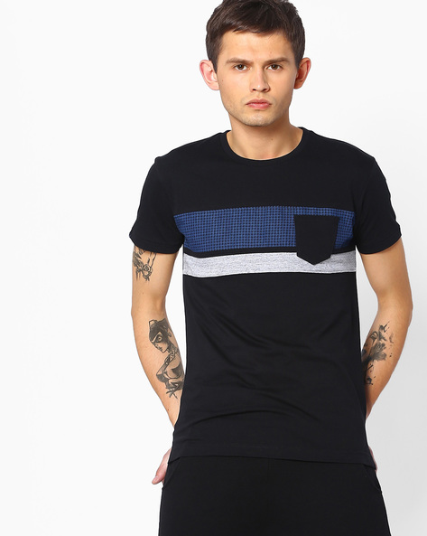 Crew-Neck T-shirt With Patch Pocket By MUFTI ( Black )