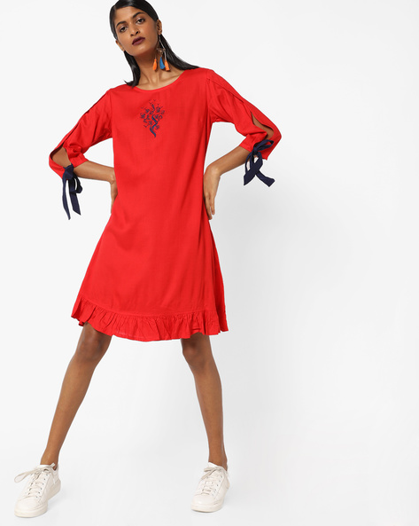 Shift Dress With Split Sleeves By AJIO ( Red )