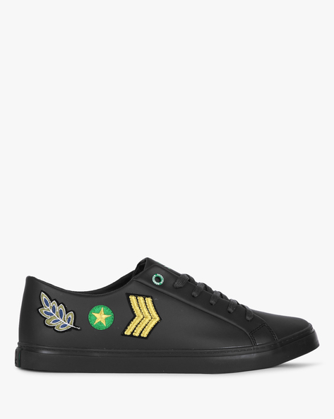 Low-Top Sneakers With Embroidered Patches By UNITED COLORS OF BENETTON ( Black )