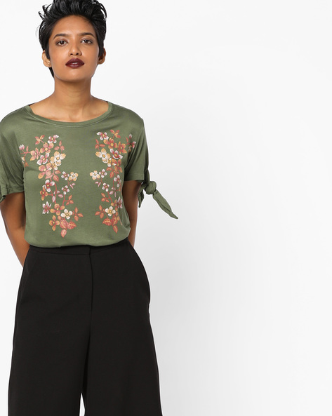 Floral Print T-shirt With Tie-Up Sleeves By AJIO ( Olive )