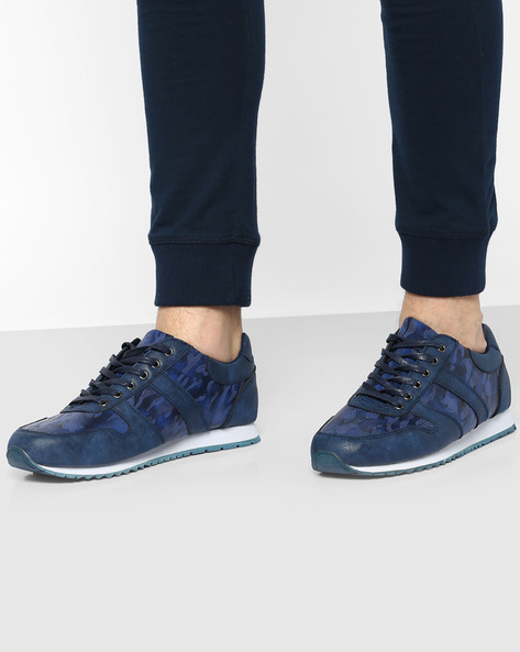Camouflage Print Panelled Sneakers By AJIO ( Blue )