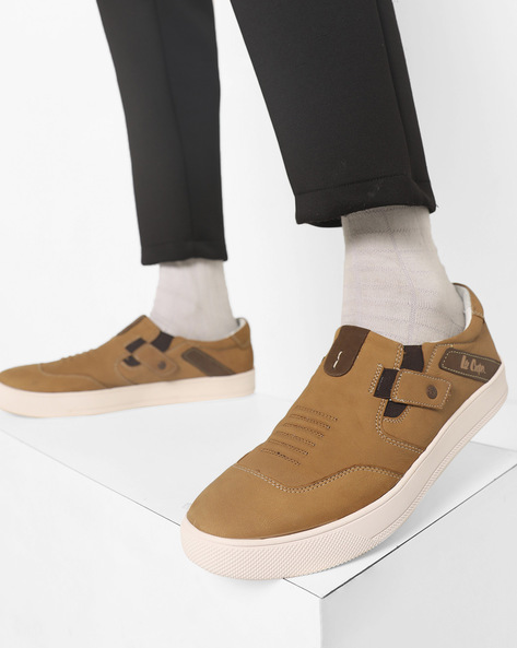 Low-Top Panelled Sneakers With Elasticated Gussets By Lee Cooper ( Camel )