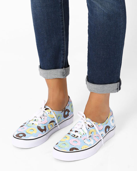 Kitsch Print Casual Shoes By Vans ( Multi )