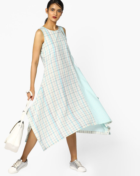 Checked Kurta With Asymmetric Hemline By Project Eve IW Casual ( Lightblue )
