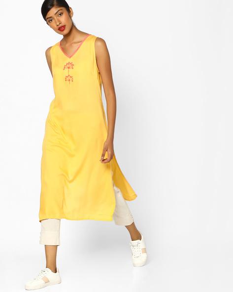 Sleeveless V-neck Straight Kurta By AJIO ( Yellow )