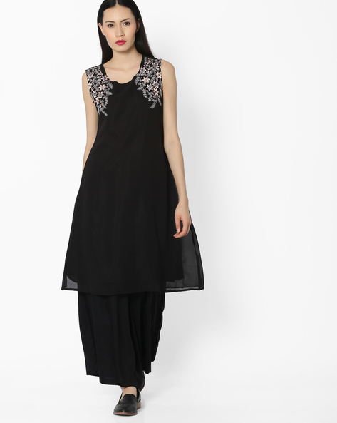 Kurta With Placement Embroidery By Kifahari ( Black )