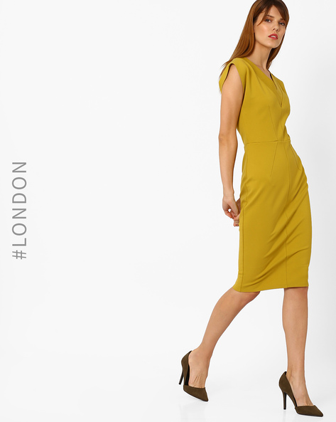 V-Neck Bodycon Dress By Closet London ( Yellow )