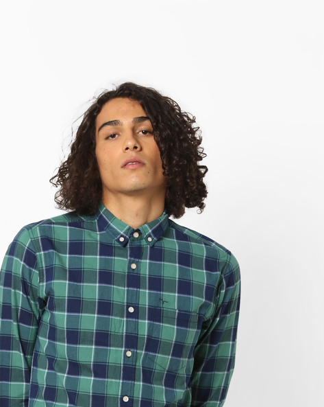 Checked Shirt With Button-Down Collar By FLYING MACHINE ( Green )
