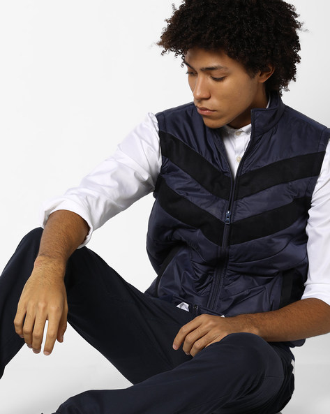 Quilted Sleeveless Jacket With Suede Panels By AJIO ( Navy )