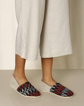 Handwoven-Khadi-Ikat-Espadrilles