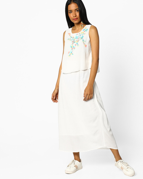 Popover Dress With Embroidery By And ( White )