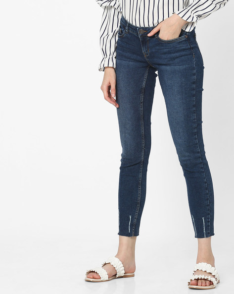 Lightly Washed Slim Fit Jeans By Vero Moda ( Fuschiablue ) - 440818614001