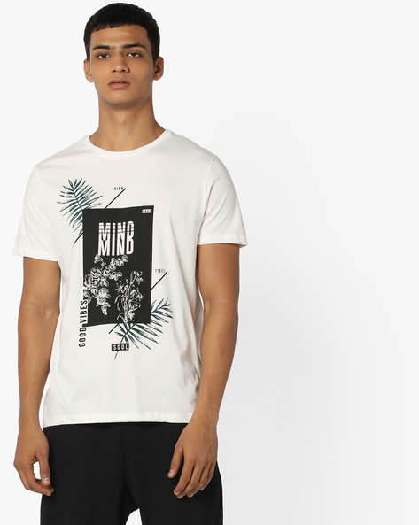 Crew-Neck T-shirt With Graphic Print By AJIO ( Offwhite )