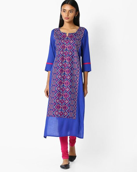 Straight Kurta With Embroidery By Jaipur Kurti ( Blue )