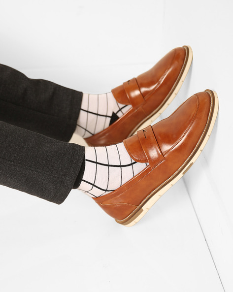 Slip-On N9-Treated Casual Shoes By AJIO ( Brown )