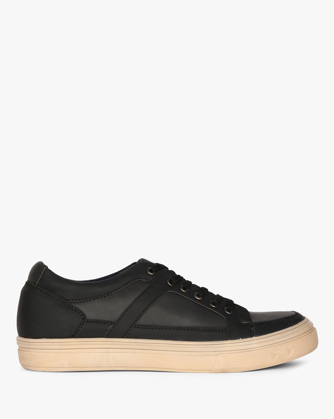 Low-Top Lace-Up Sneakers By CLOZZ ( Black )