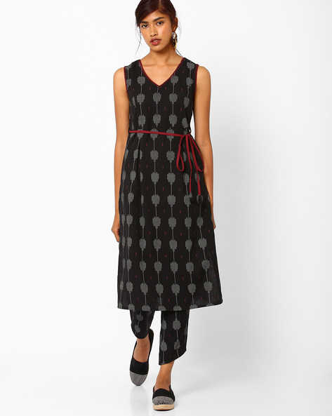 Printed Sleeveless Dress By AJIO ( Black )